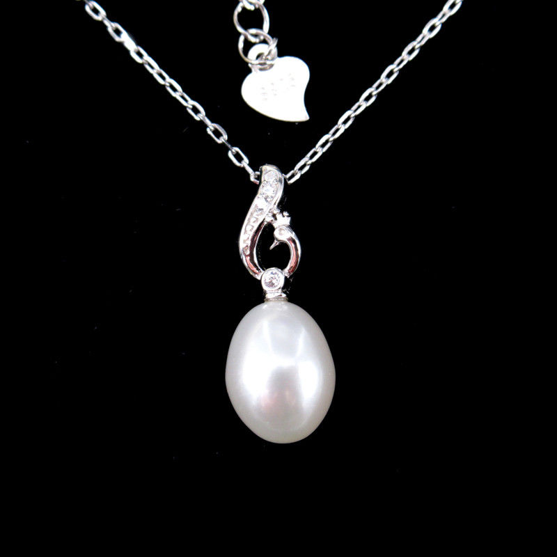 Real Natural Freshwater Pearl Silver Necklace Rhodium Plated For Gift / Party