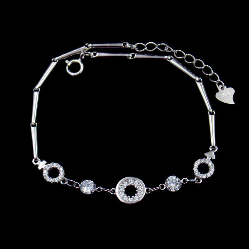 Classical White Silver Cubic Zirconia Bracelet For Woman Customized Size